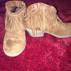 Justice ankle boots